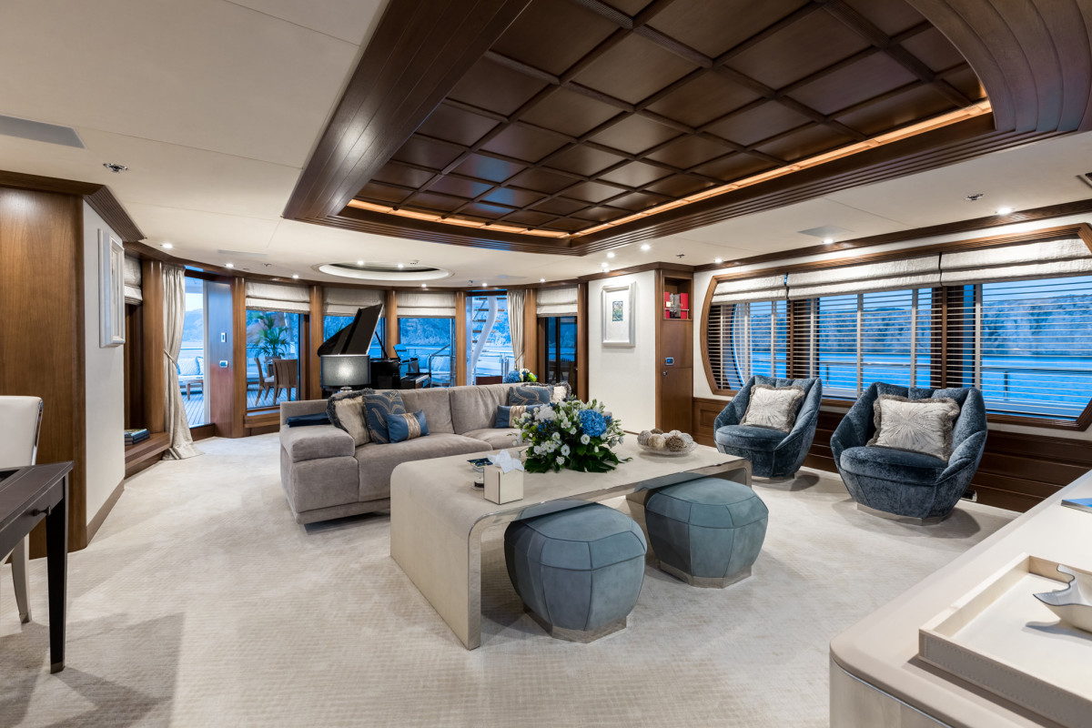 Interior of M/Y Harmony after refit. (Photo: Blue I Productions)