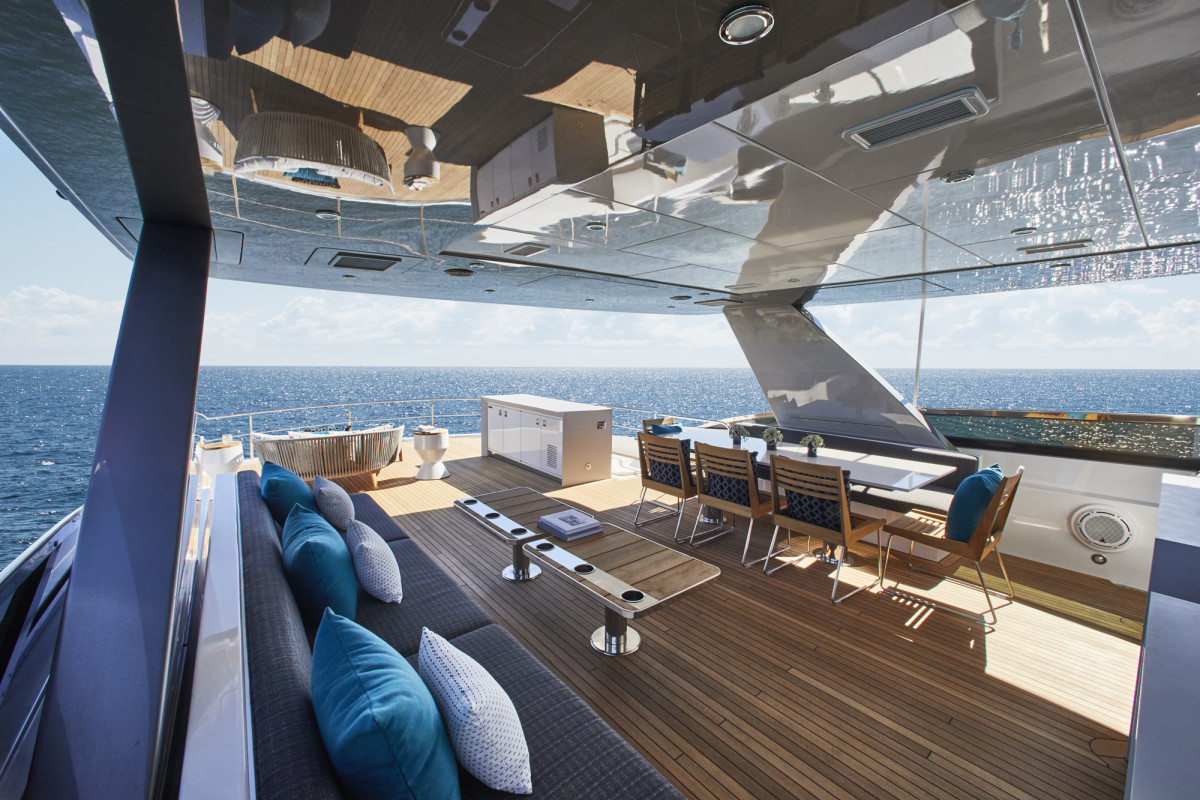 On the top deck, guests can decide between sun or shade.