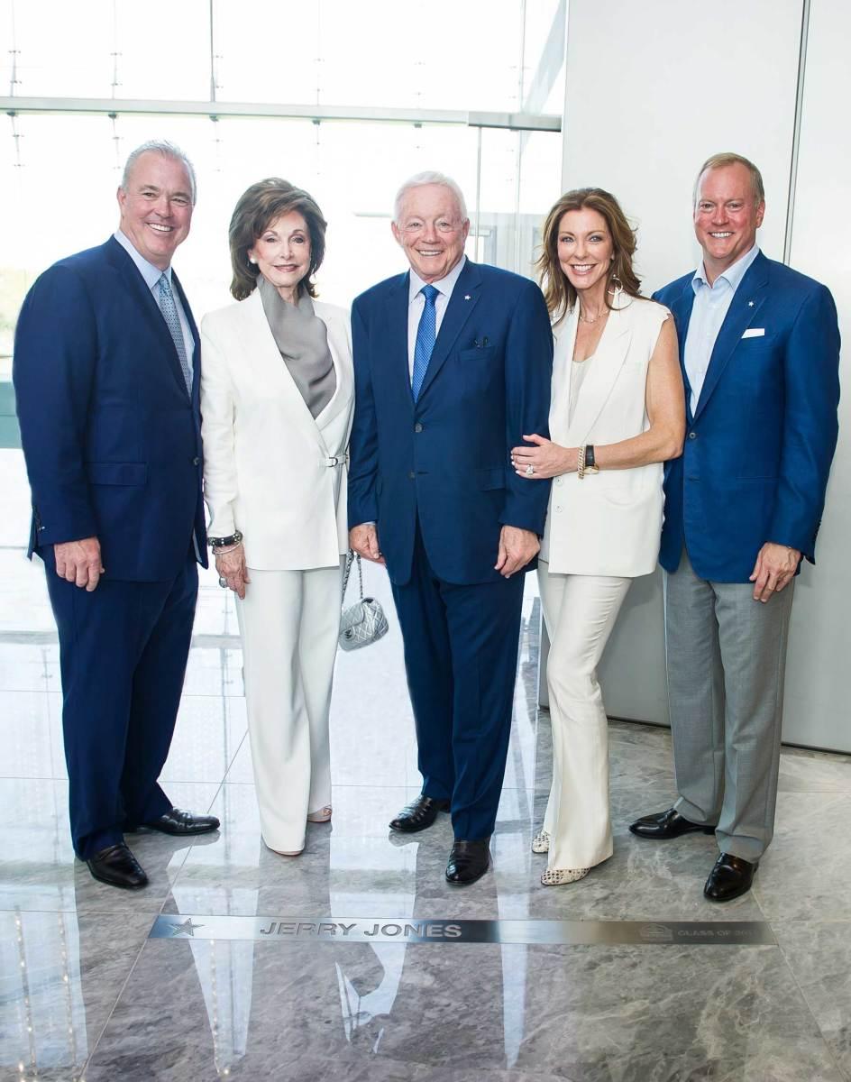Left to right: Stephen Jones, Gene Jones, Jerry Jones, Charlotte Jones Anderson and Jerry Jones Jr.