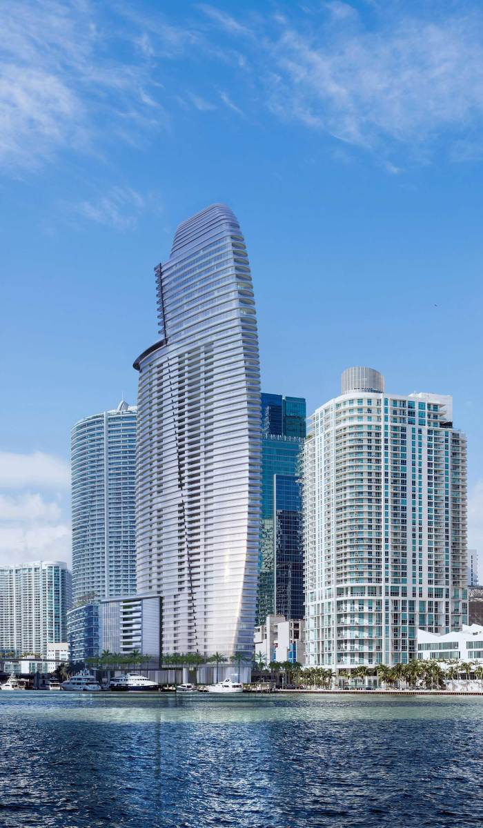 03_Aston-Martin-Residences-complete-tower-day-light-from-Miami-river-east