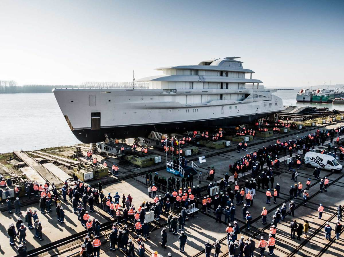 AMELS-78-metre-full-custom-superyacht-launch-(4)
