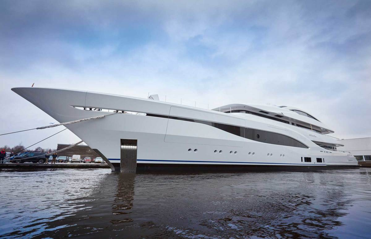 Project-703-copyright-Feadship-17