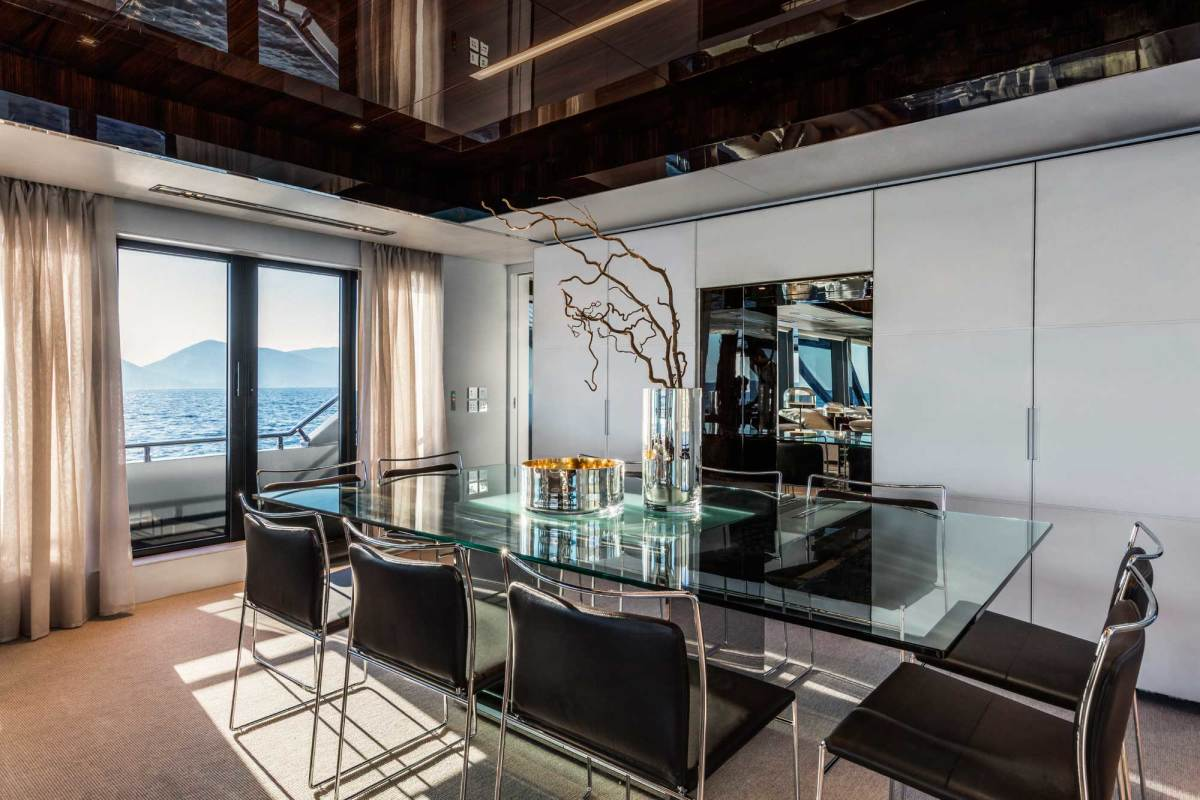 Reflective surfaces and floor-to-deckhead glazing make the main deck a spectacular sight.