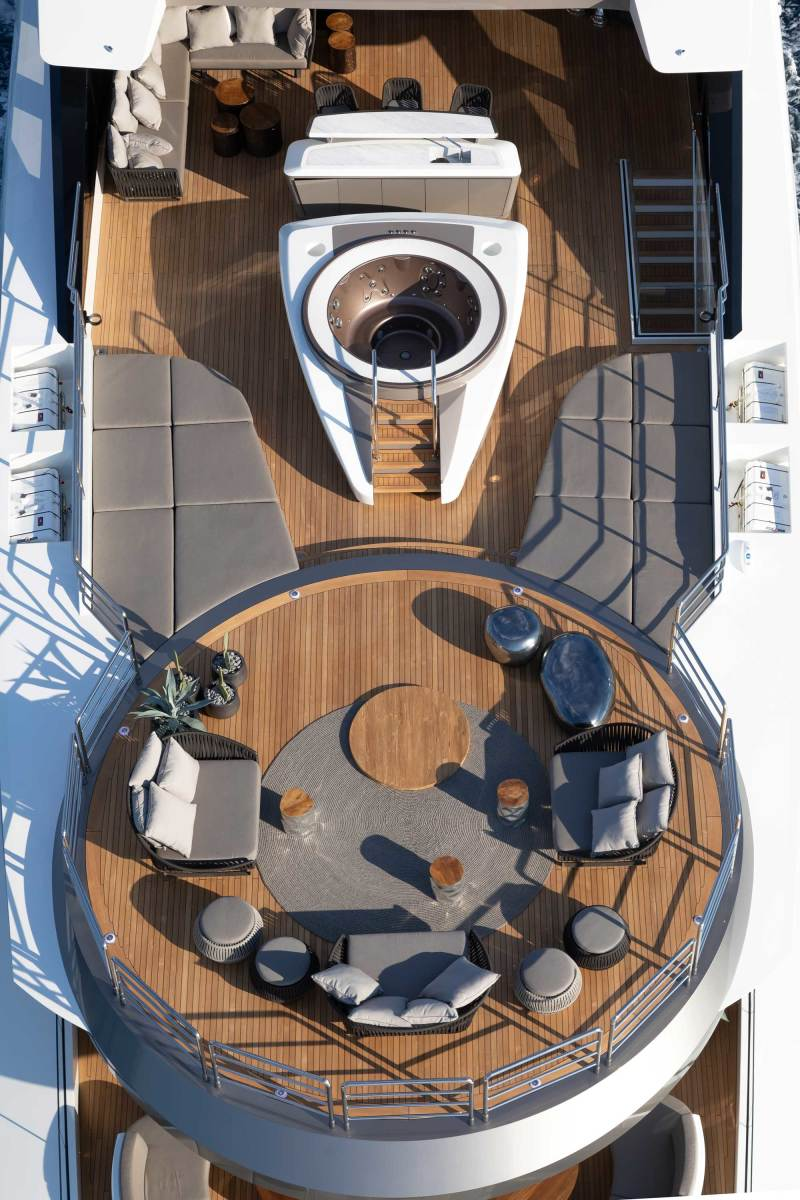 The helipad on the fly deck doubles as an open-air lounge.