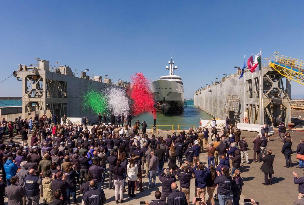 Benetti-Launches-Giga-Yacht-FB275-(2)