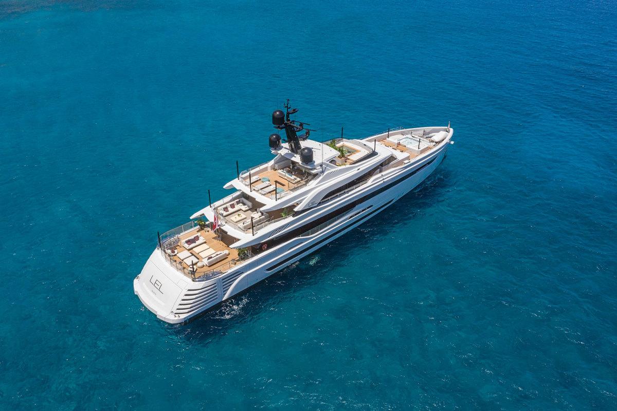 Rossinavi-Motor-Yacht-LEL_Photo-credit-by-Michele-Chiroli-4