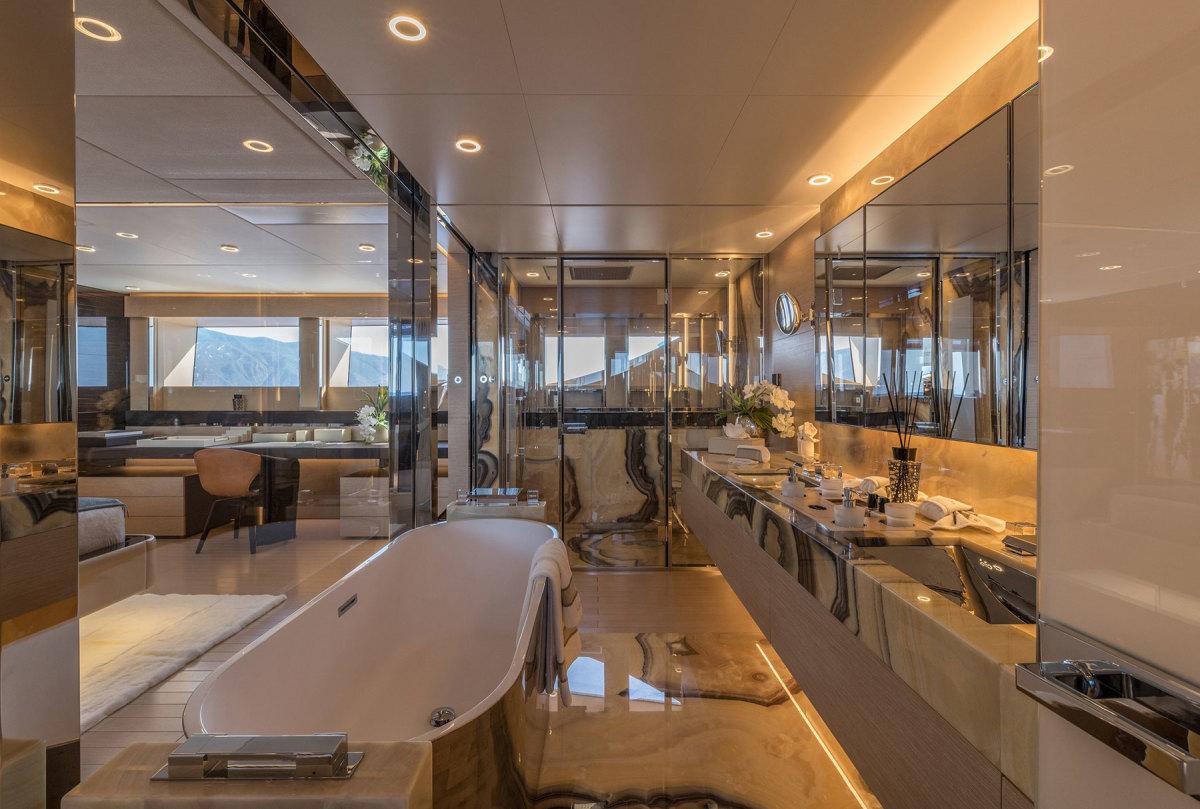 Rossinavi-Motor-Yacht-LEL_Photo-credit-by-Michele-Chiroli-7
