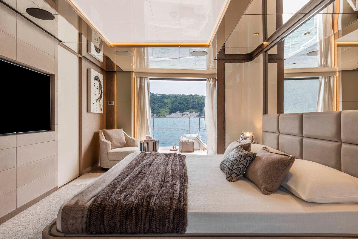 CL106-Owner-suite