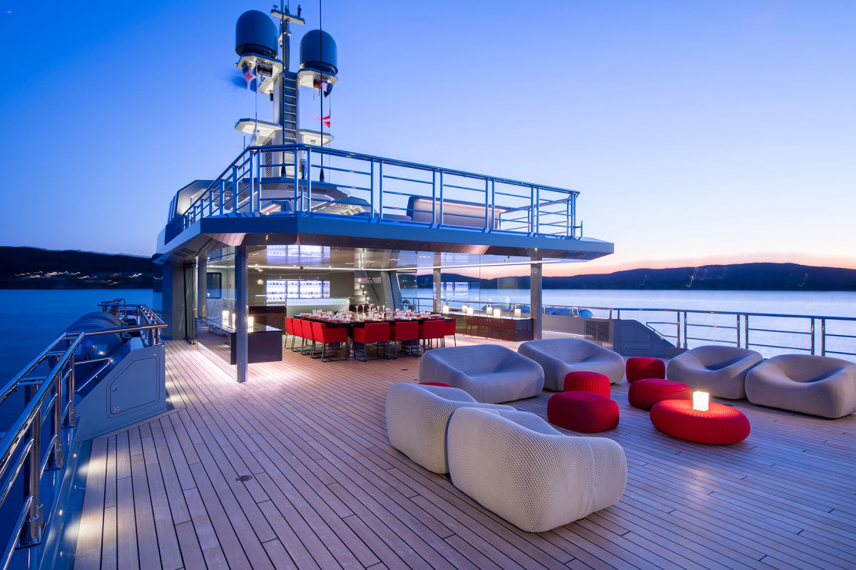 The bridge deck has exterior dining and a bar, as well as outside lounging space.