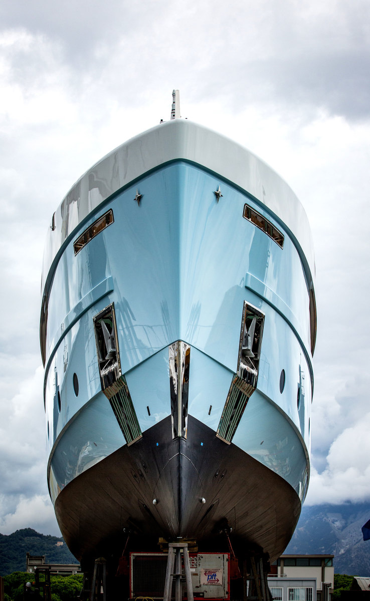 Varo-motoryacht-CROCUS_ADMIRAL-(7)