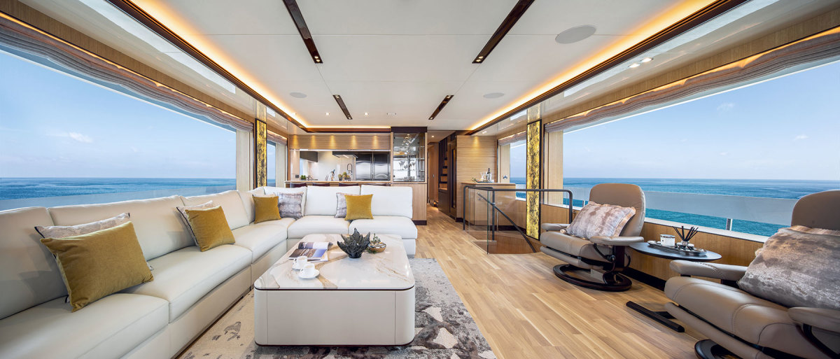 With 2½ feet more beam, the new Tò-Kalòn is much more spacious than the Cophams' previous yacht.