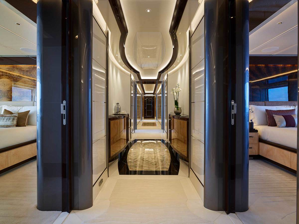 Guest staterooms are all equal in terms of comfort, light and space.