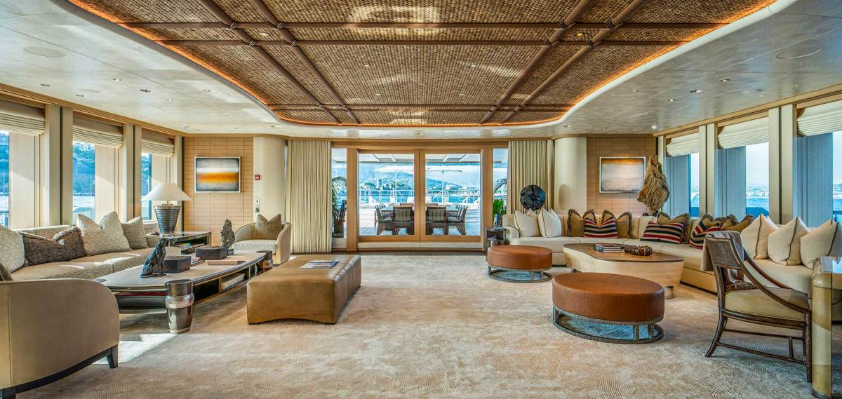 The main salon has custom carpets woven from bamboo fiber. The recessed ceiling is made from coconut shells and satin palm.