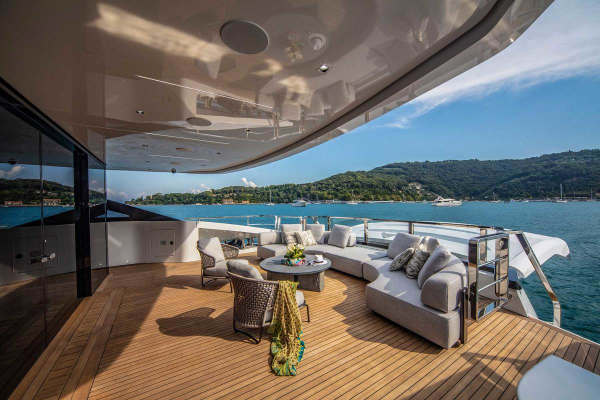 The aft deck lounge offers guests an alfresco getaway on the main deck.