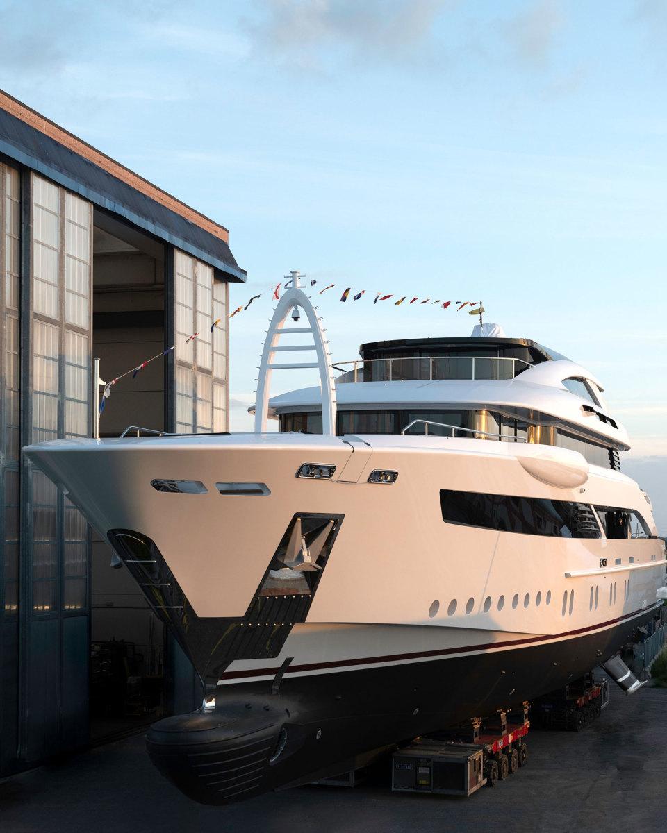 Rossinavi-52m-motor-yacht-Florentia-Photo-credit-by-Michele-Chiroli_Image-5