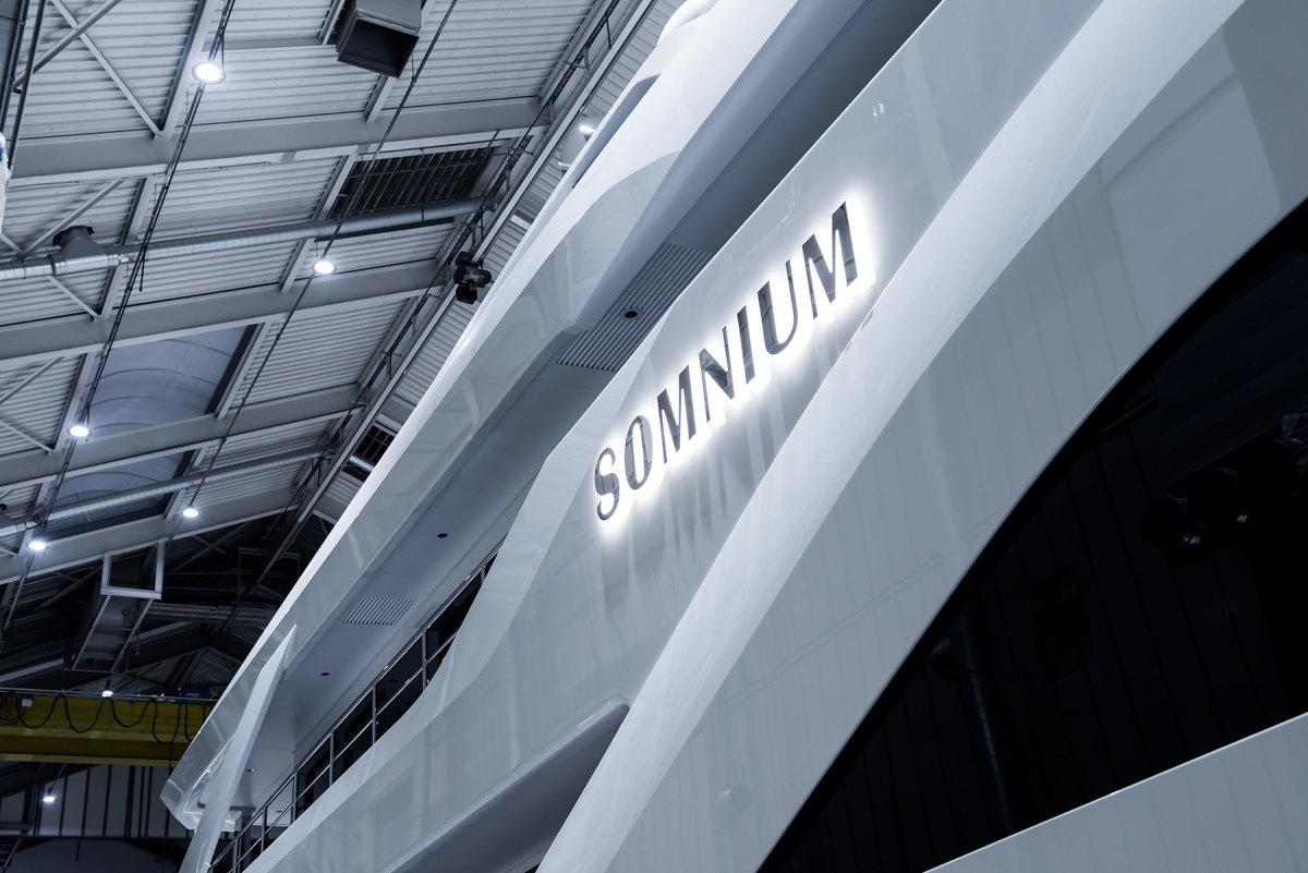 Somnium-copyright-Feadship-1