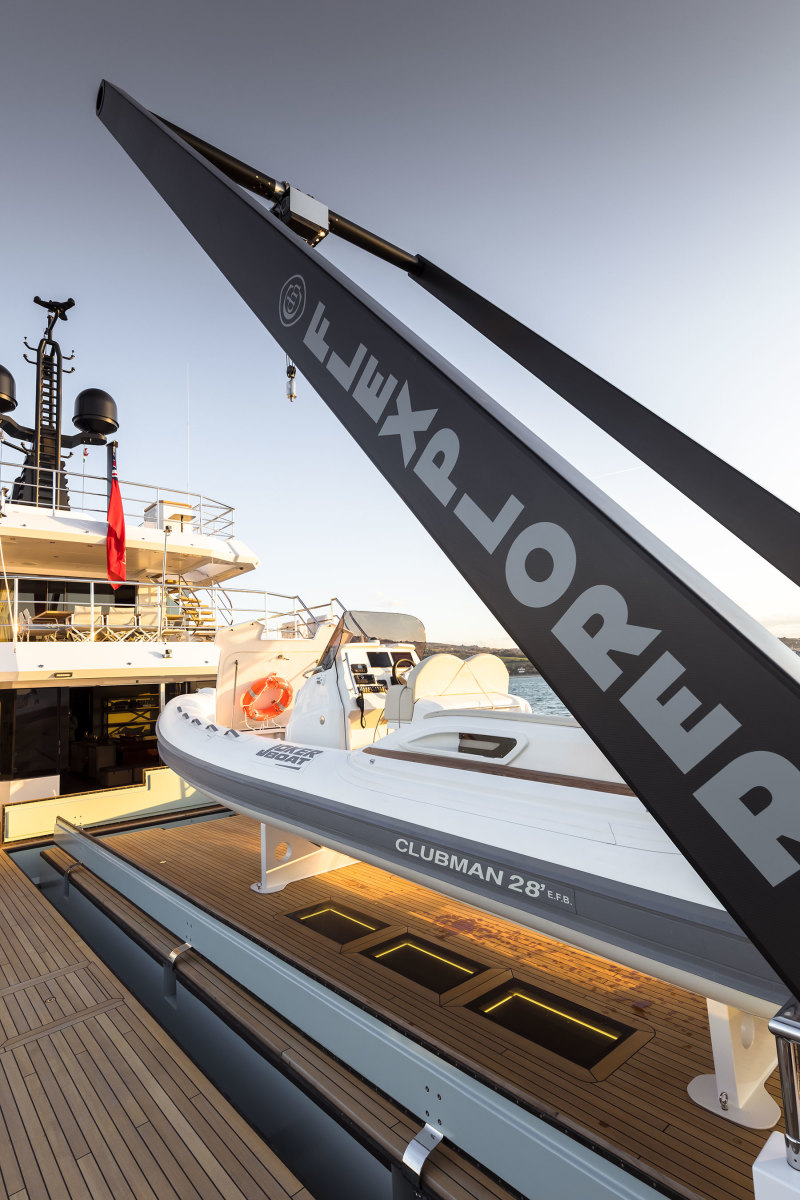 The starting point for the Flexplorer was the open aft deck and carbon-fiber A-frame crane. Facing page: